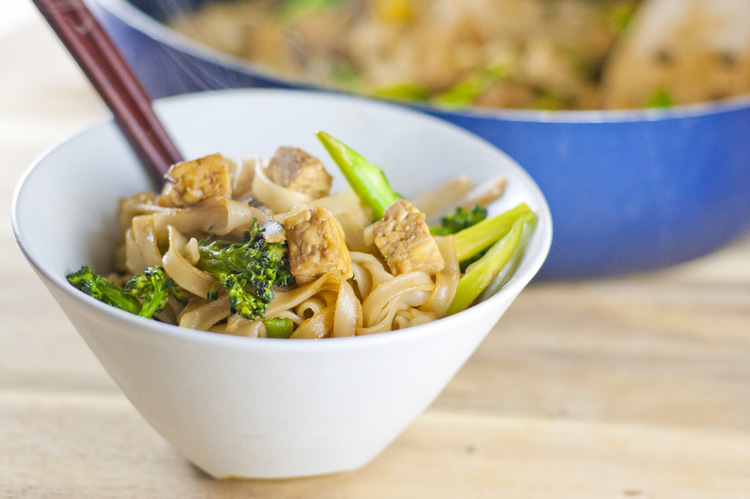 Tempeh and Broccoli Noodles-gluten-free-recipes